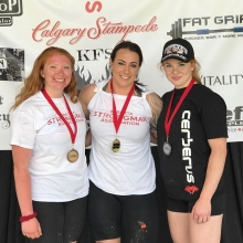 Special shoutout to our own @jess_theaker who placed second this past weekend at the Calgary Stampede Strongwoman Competition.  Congrats to all the other competitors especially @alibaba616_ who won the competition and @bailey_deschene who took home 3rd pl