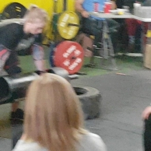 Here's your reigning 2017 Canadas Strongest Middleweight winning the log press in the middleweight division at the #staticmonsters competition. @melissa_peacock with a 72.5kg press. Sorry for the terrible camera work.  #adrenalinefamily #adrenalinestrong